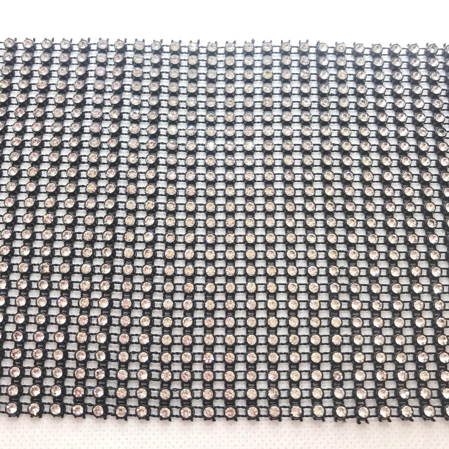 Bande de strass a coudre 3mm noir strass cristal 24 rangs
