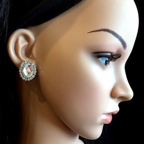 Bo 17 boucle d oreilles en strass