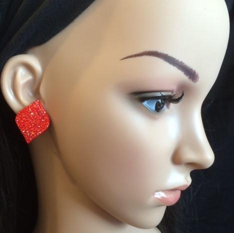 Bo 37 boucle d oreilles en strass