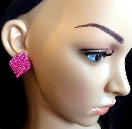 Bo 41 boucle d oreilles en strass