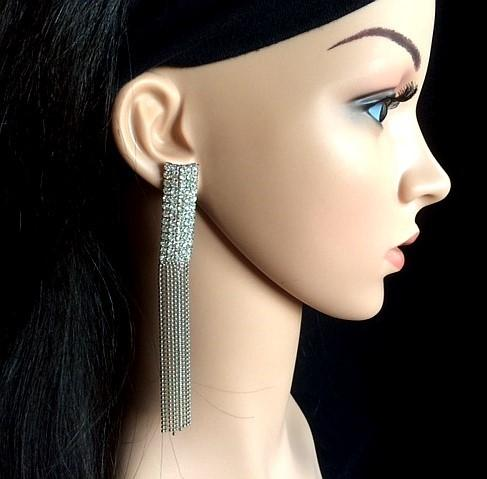 Bo 46 boucle d oreilles en strass