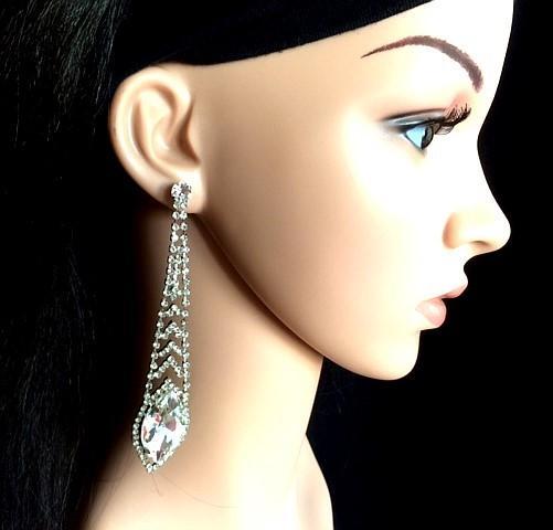 Bo 48 boucle d oreilles en strass