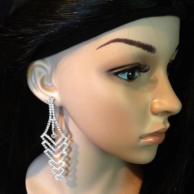 Bo 54 boucles d oreilles en strass