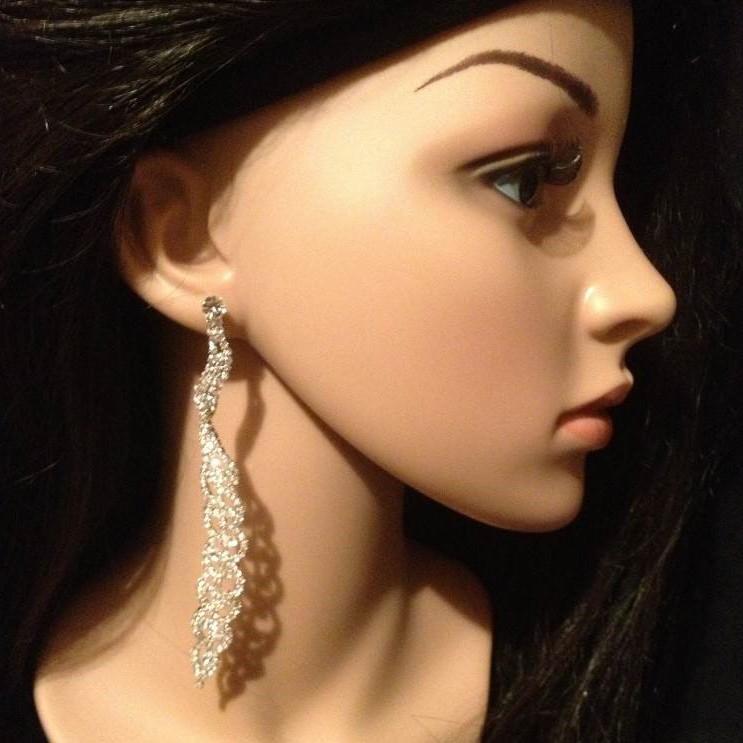 Bo 61 boucles d oreilles en strass