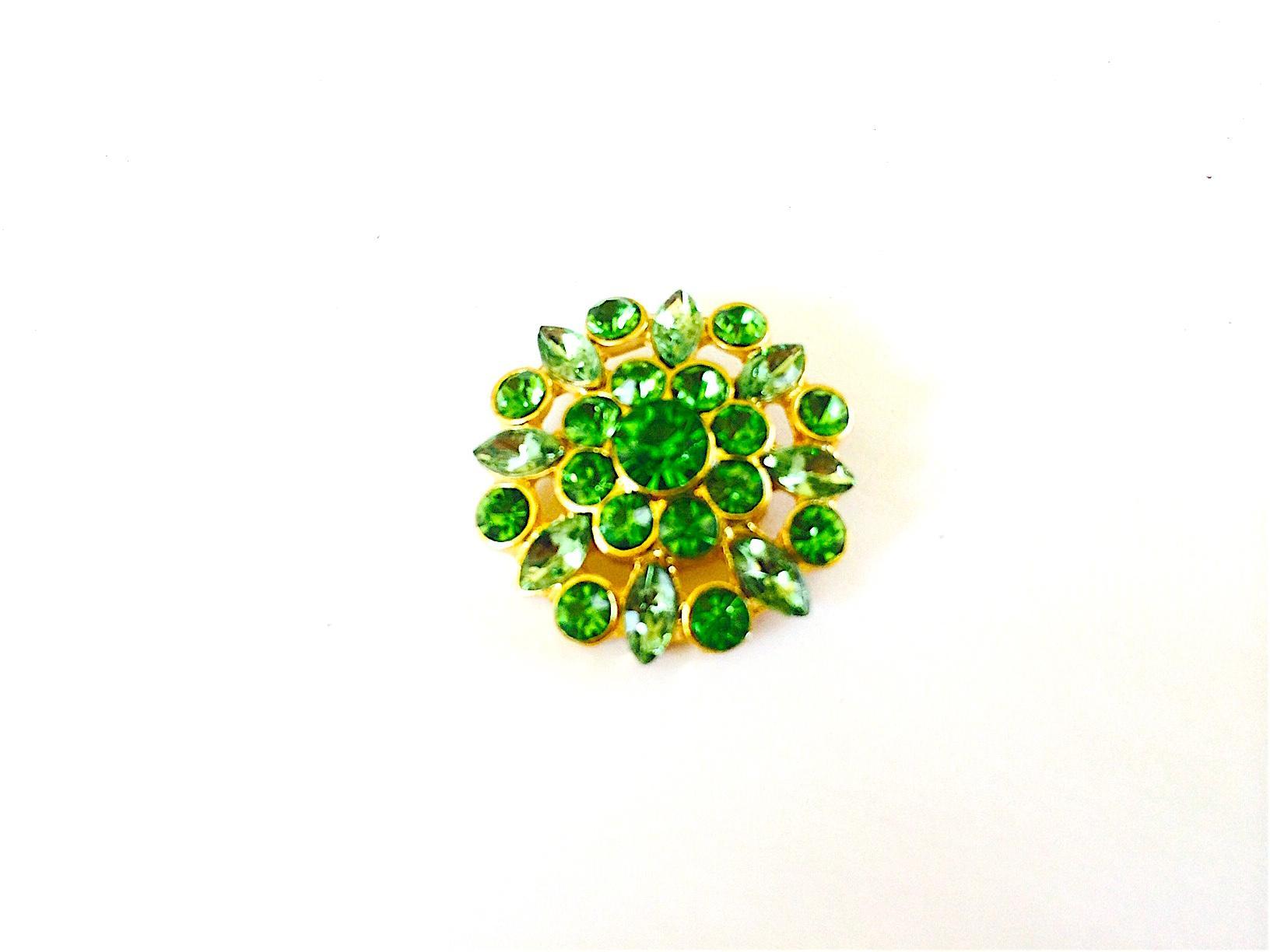 Bouton en strass cristal vert emeraude