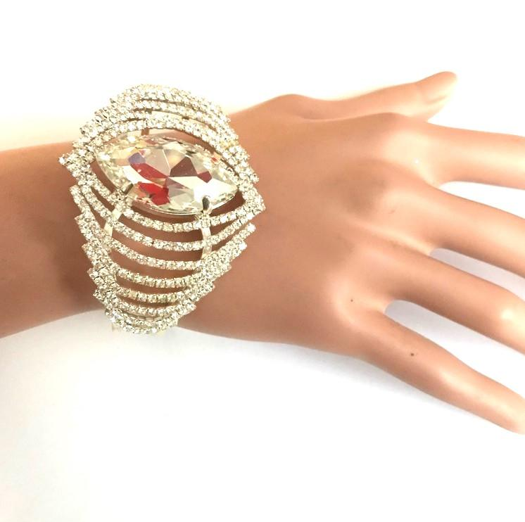 Bra 09 bracelet en strass