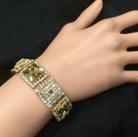 Bra 10 bracelet en strass