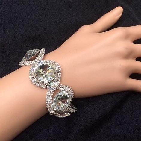 Bra 11 bracelet en strass
