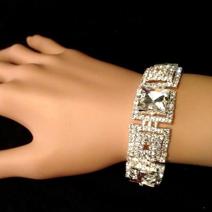 Bra 20 bracelet en strass
