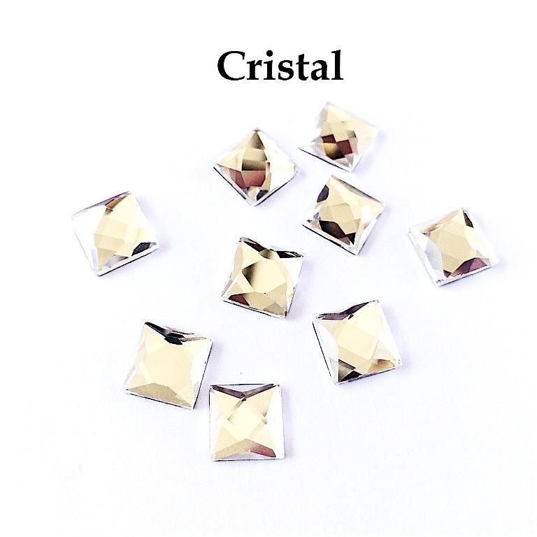 Element hotfix thermocollant carre cristal 10mm hf2110