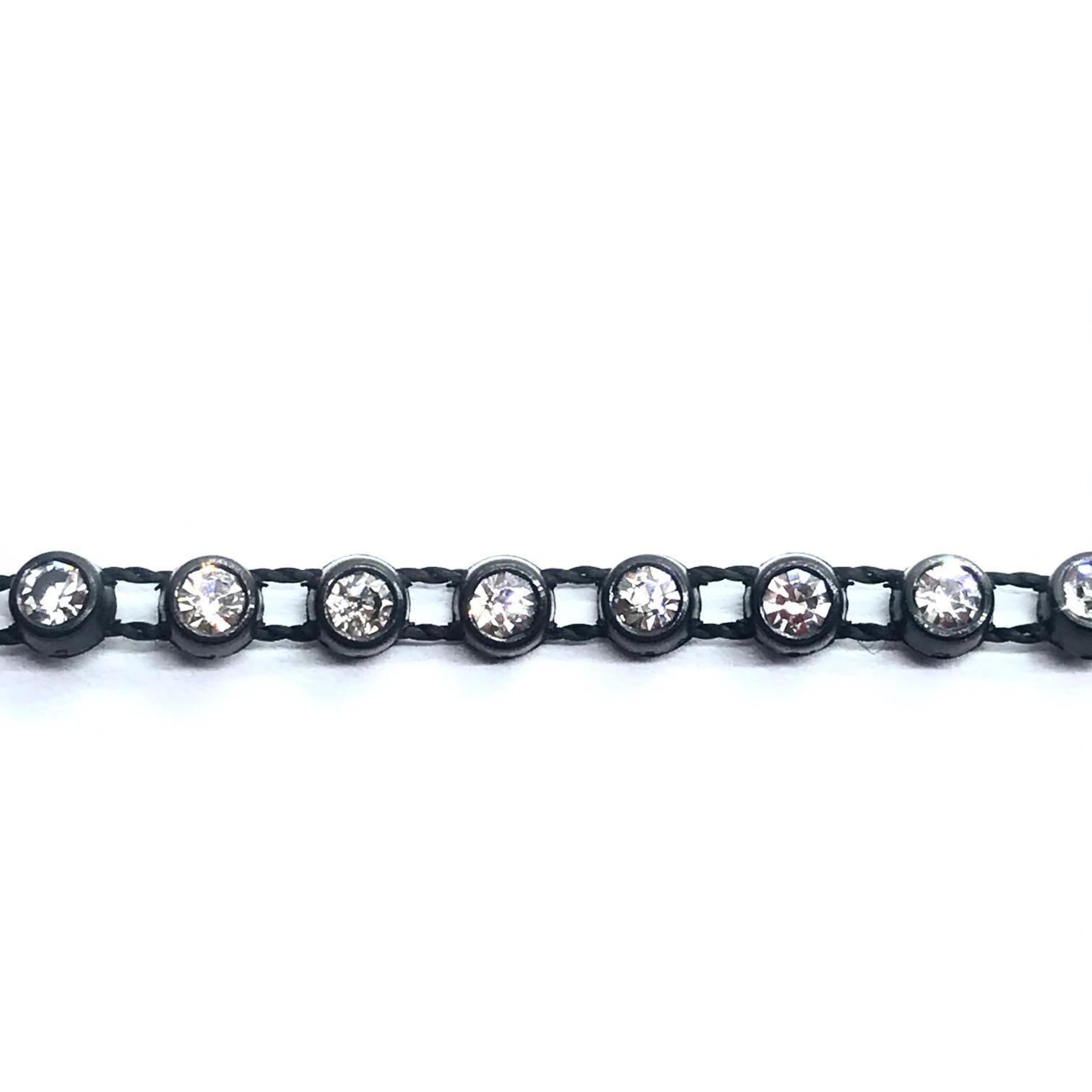 Galon de strass a coudre strass cristal base plastique noir strass cristal 2mm