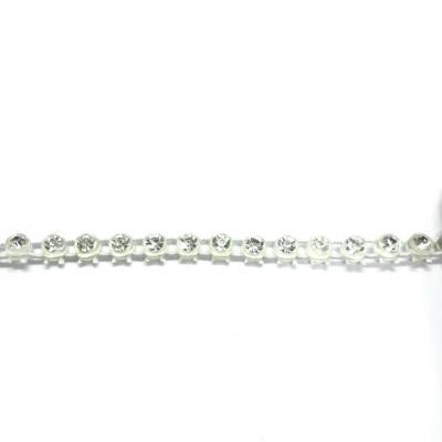 Galon de strass à coudre élastique base plastique 3 mm 1 rang