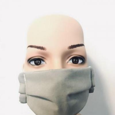 Masque en tissu adulte avec pont de nez gris souris