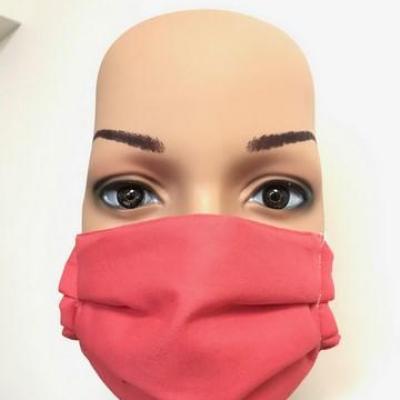 Masque en tissu adulte avec pont de nez corail