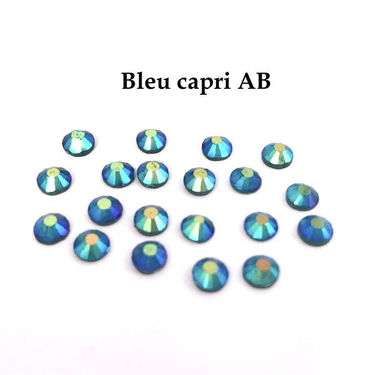 Strass hotfix thermocollant ss20 5mm bleu capri ab